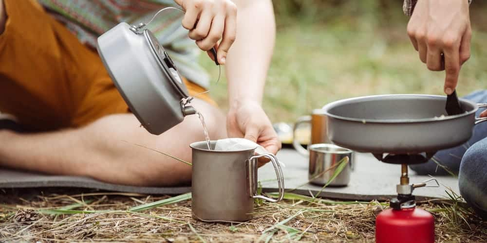 Outdoor kettle, cup and stove
