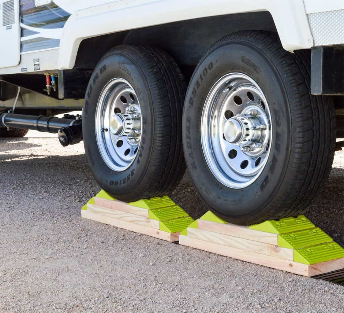 10. Hopkins Towing Solutions Hopkins 08200 Leveling System