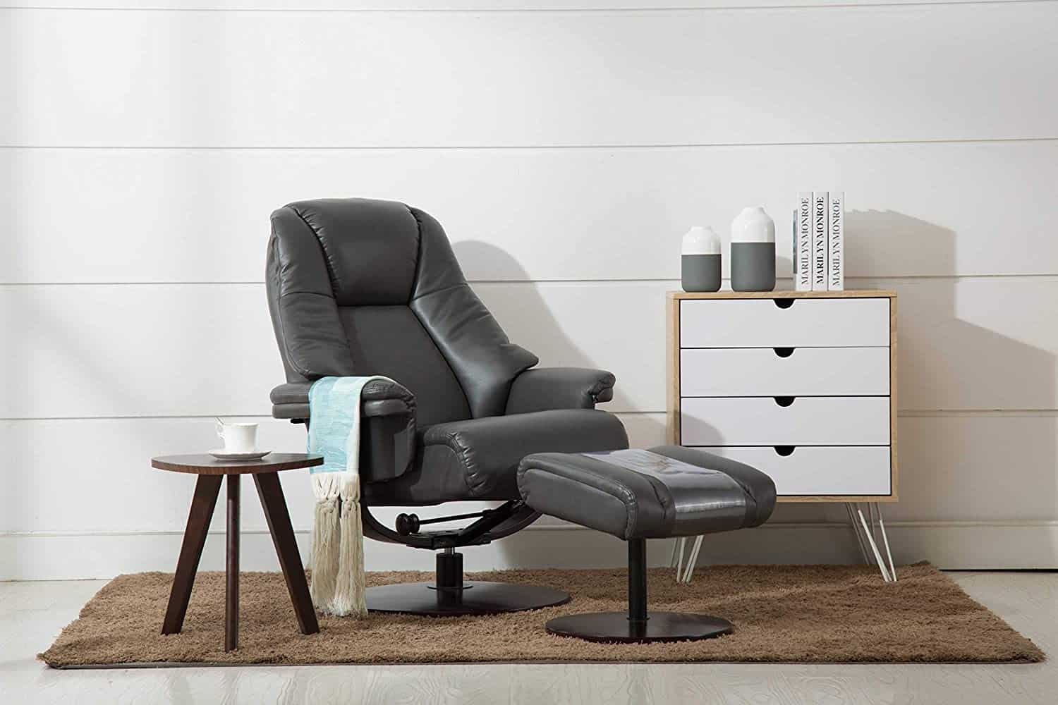 24. Comfort Chair Company Manual Recliner