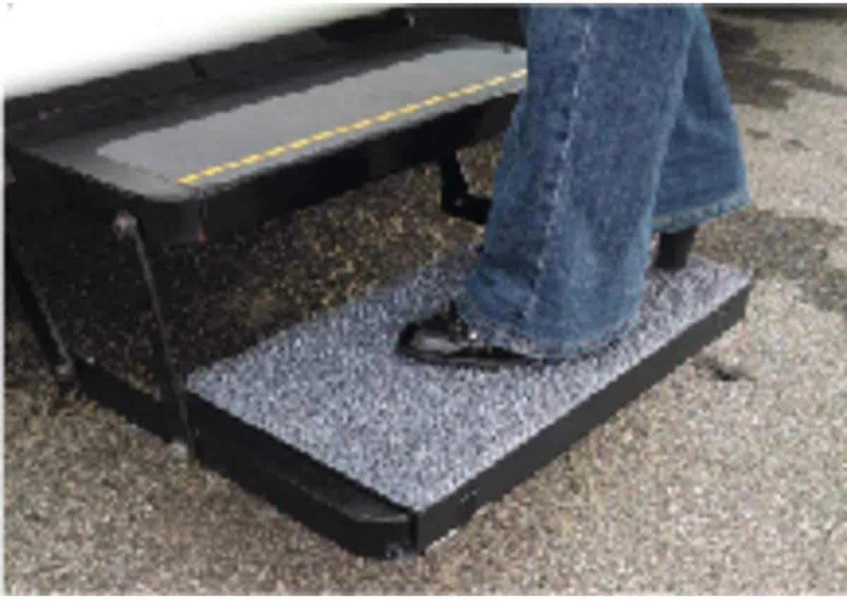 Safety Steps' SA11-00 Fit Sand Away Step Rug
